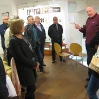 Interessiert verfolgten die Besucher die interessanten und kurzweiligen Ausführungen von Peter Barteit zur Geschichte der Stadt.